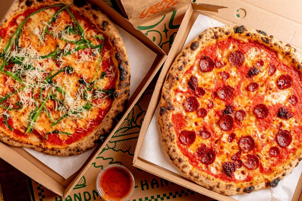 Yard-Sale-Pizza-Delivery-JustinDeSouza-42